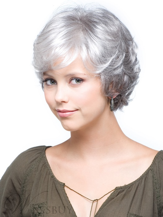 The Charming Short Wavy Wig Sets Off A Sweet Wind
