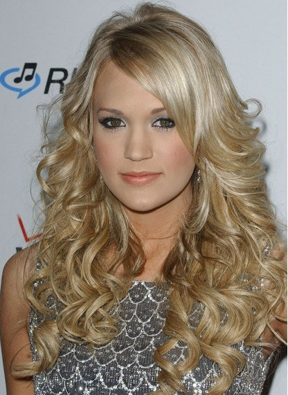 New Fabulous Fashion Carrie Underwood Hairstyle Long Wavy Blonde