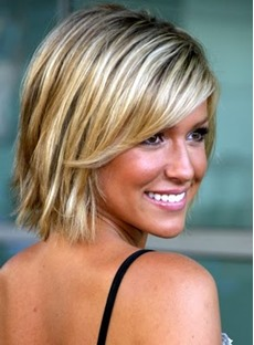 Hot Sale Woman Casual Short Straight Wig with Side Bang 10 Inches Makes You More Charming