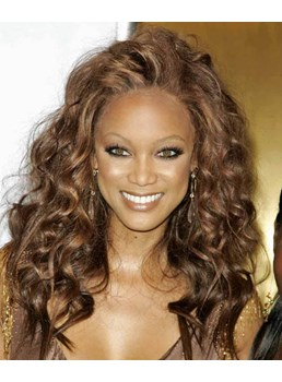 Tyra Banks Hairstyle Glamorous Long Wavy Brown Lace Wig 18 Inches