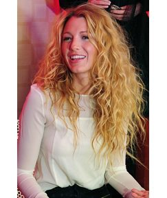 Blake Lively Long Loose Wavy Lace Front Wigs Human Hair 22 Inches
