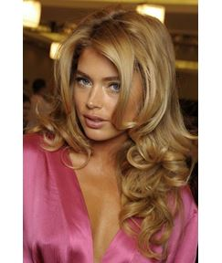 Fashion Handcrafted Long Body Curly Blonde Hair 18 Inches 100% Human Hair Full Lace Wig