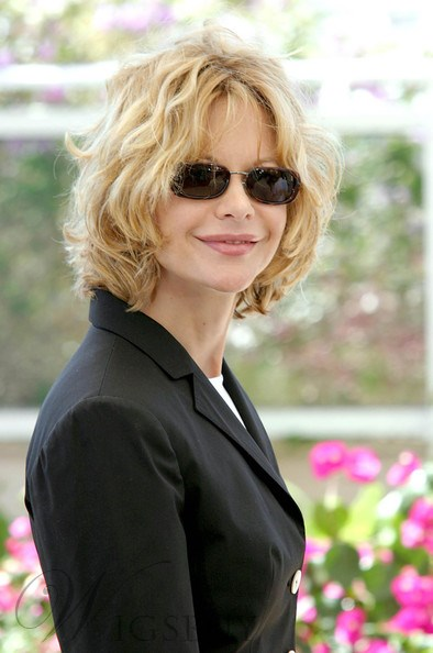 Free Style Meg Ryan Hairstyle Bob Loose Wavy Blonde 100% Human Hair Lace Front Wig 12 Inches