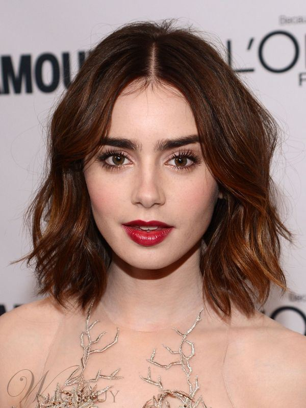 Elegant Short Wavy Remy Human Hair Front Lace Wig 12 Inches