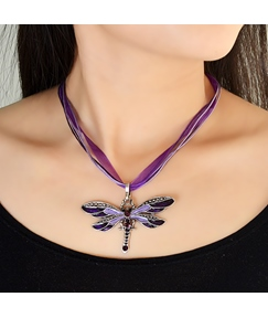 Dragonfly Shaped Rhinestone Decorated Necklace for Women