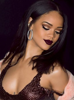 Rihanna Straight Center Parting Lace Front Human Hair Wigs 14 Inches