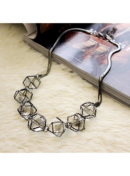 New Arrival Hollow Out Three-Dimensional Necklace