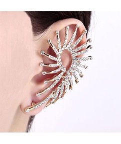 Elegant Diamond Cluster Alloy Cuff Earring