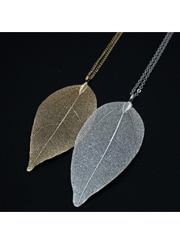 Simple Leaf Shaped Alloy Necklace