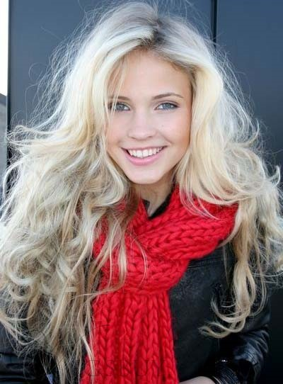 Attractive Long Wave Lace Front 100% Human Hair Wig 22 Inches