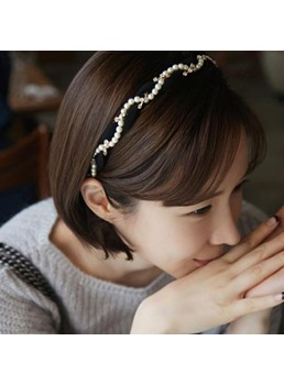 Sweet Pearls Decorated Hair Band