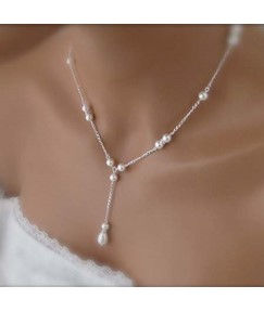Pearls Decorated Women's Necklace
