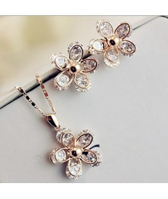 Floral Shaped Rhinestone Decorated Jewelry Set