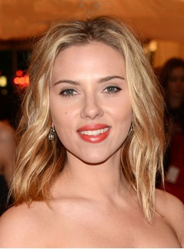Scarlett Johansson Charming Mid-length Wavy Human Hair Lace Front Wig 14 Inches