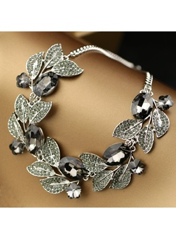 Leaves & Rhinestone Decorated Necklace