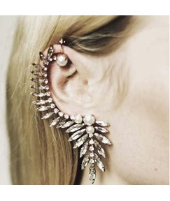 Punk Sharp Rhinestone Decorated Ear Cuff
