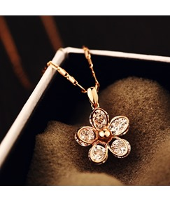 Crystal Flowers Zircon Necklace