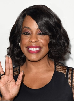 Niecy Nash Medium Wavy Lace Front Human Hair Wig 14 Inches