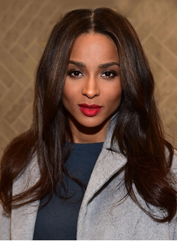 Charming Ciara Long Wavy Lace Front Synthetic Hair Wig 22 Inches