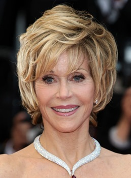 Fashion Jane Fonda Straight Short Layered Synthetic Hair Capless Wig 8 Inches
