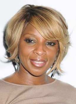 Layered Short Bob Meidum Wavy Capless Human Hair Wigs for Black Women