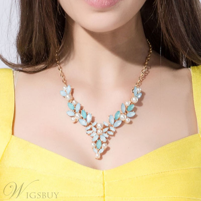 Zinc Alloy Glass Stone & Pearl Design Necklace