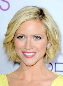 Short Loose Wavy Blonde Layered Human Hair Lace Front Women Wig 10 Inches