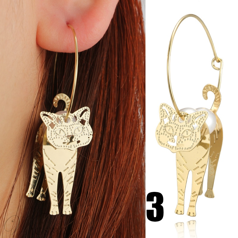 Imaginative Pearl Cat Hoop Earrings