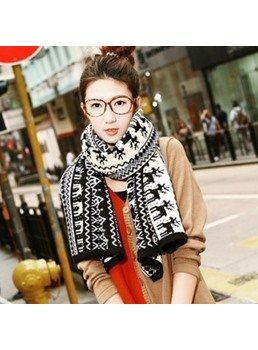Black&White Christmas Elk Winter Scarf For Lover