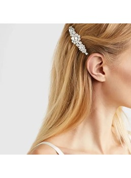 Pearl Lady Hair Accessories