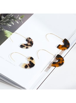 Amber Women Earrings For Women