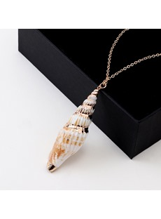 Golden Line Conch Necklace