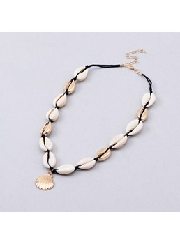 Shell Vacation Necklace