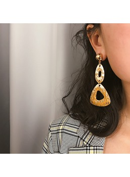 Golden Round Earrings