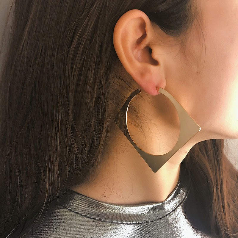 Golden Square Fashion New Style Earrings