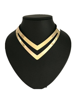 V Golden Fashion Necklace