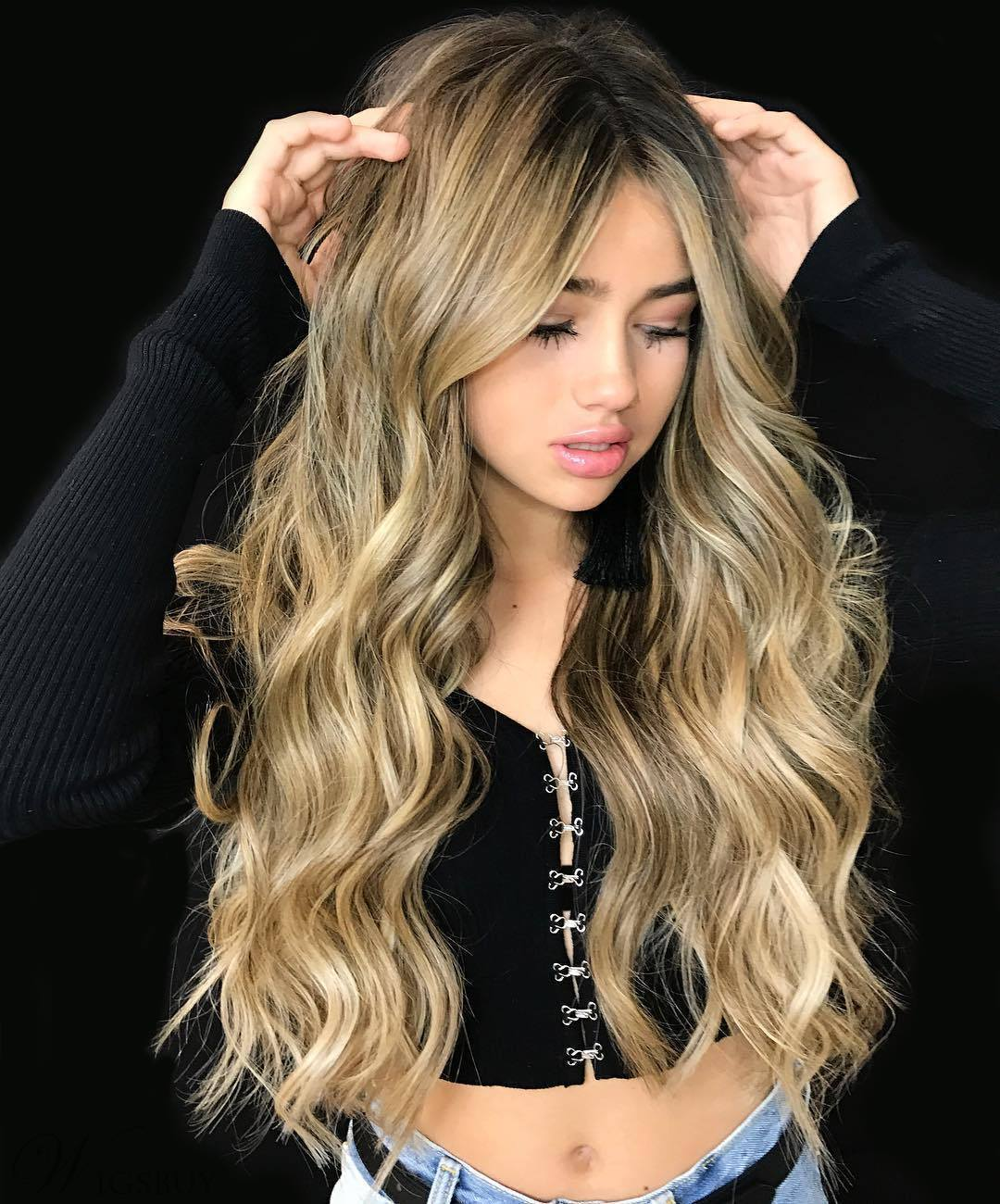 Mix Color Long Wavy Synthetic Hair Middle Part Capless Wig 26 Inches