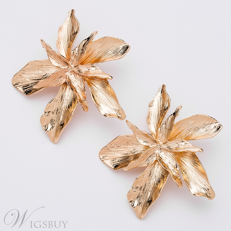 Sweet Style Audlt Women's Alloy E-Plating Technic Floral Pattern Stud Earring