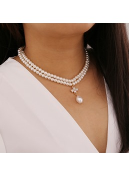 Women's Sweet Style Pearl Pendant Diamante Technic Pendant Necklace For Party