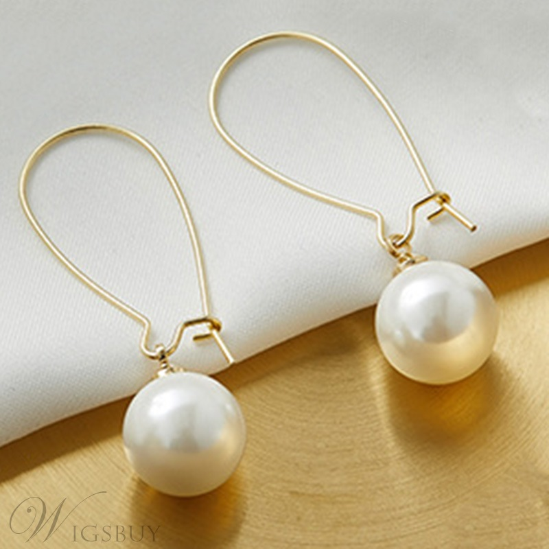 European Style Women's Geometric Pattern Pearl Drop Earrings