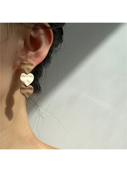Adult Women/Ladies Sweet Style Heart-Shaped Pattern Pierced Earrings For Prom/Party/Birthday/Gift