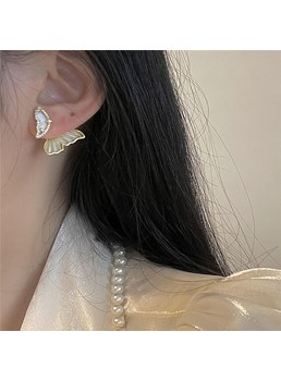 Adult Women/Ladies Sweet Style Animal Pattern Pierced Earrings For Party Gifts