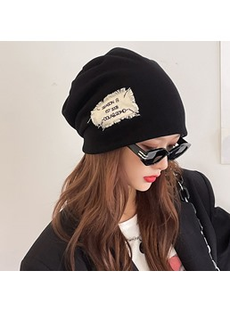 Women/Ladies Casual Style Letter Pattern Brimless Knitted Hats For Spring/Fall/Winter