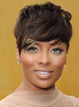 New Fashion Trend Short Wavy Wig with Specially Designed Layered Fringe Hair Cut