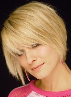 Carefree Hairstyle Short Straight Golden Fashion Wig