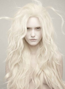 Top Quality Hot Sale Glamour Long Loose Wavy Synthetic Lace Wig 24 Inches
